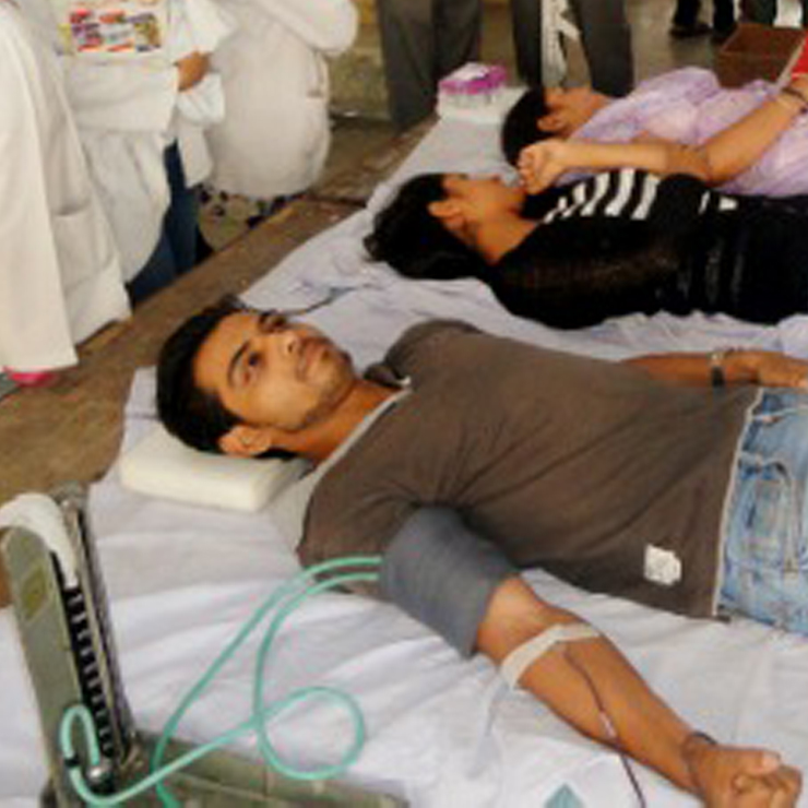 Manav-Mitra-Blood-Donation